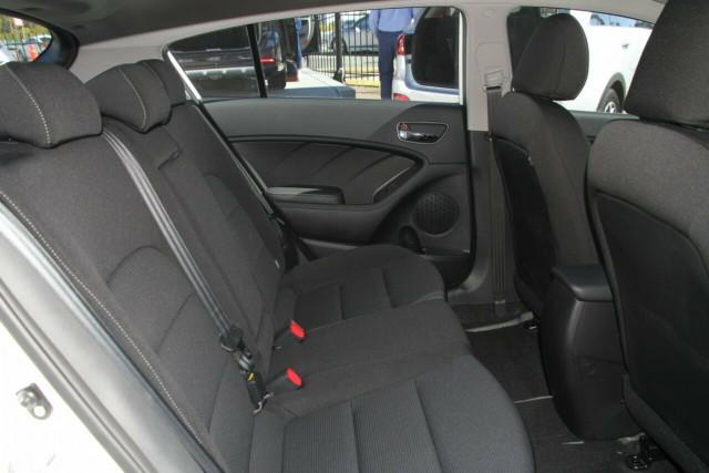 2018 Kia Cerato Hatch YD Sport Hatchback