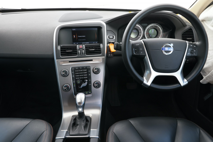 2013 Volvo XC60 DZ MY13 D5 Suv Image 8