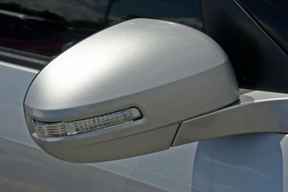 2011 Suzuki Swift FZ GL Hatchback