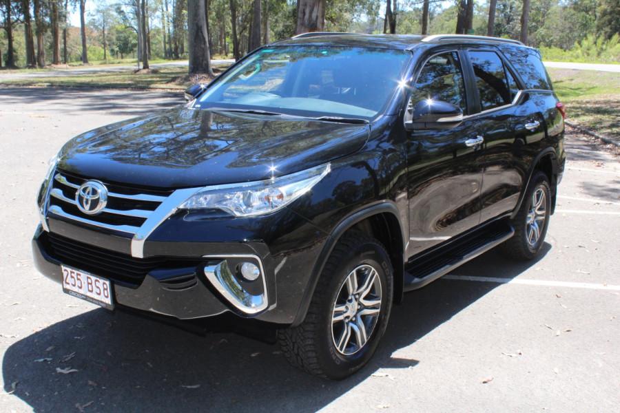 2015 Toyota Fortuner GXL Image 4