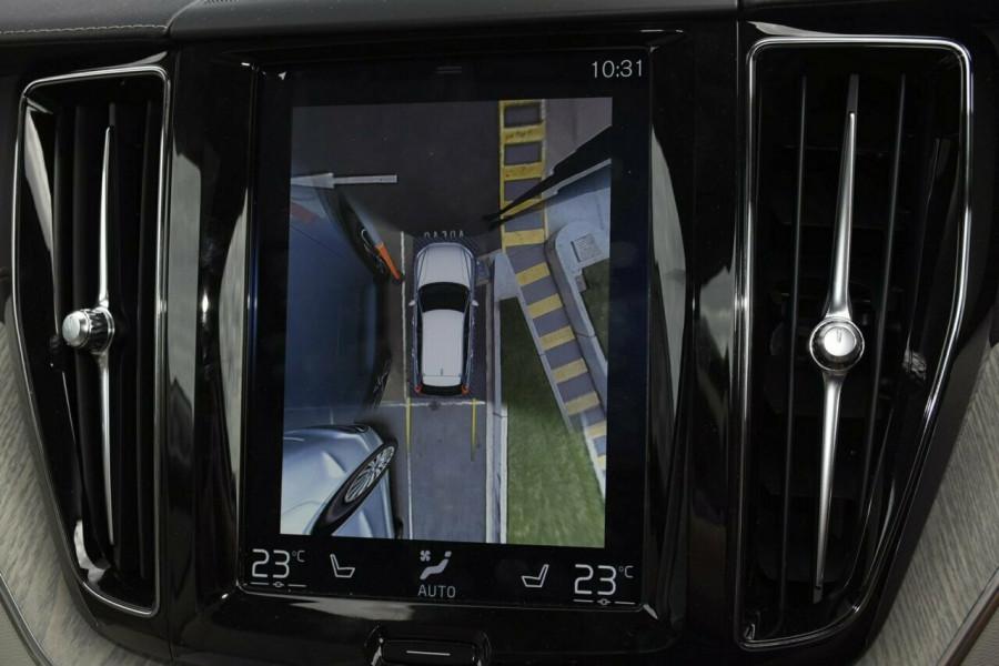 2019 Volvo XC60 UZ D4 Inscription Suv Mobile Image 11