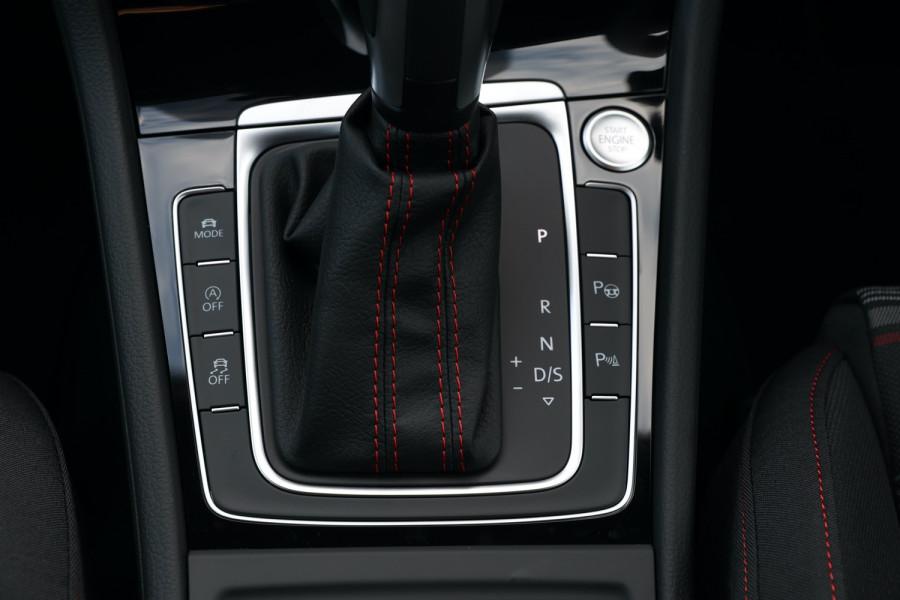 2020 Volkswagen Golf 7.5 GTI Hatchback Image 13