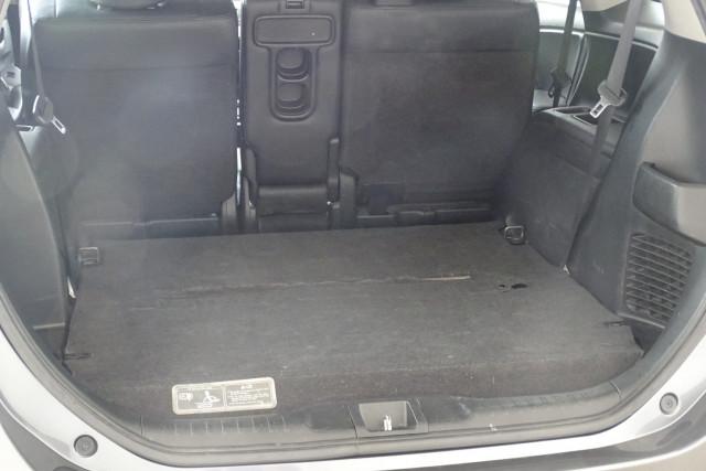 2011 Honda Odyssey Luxury 17 of 30