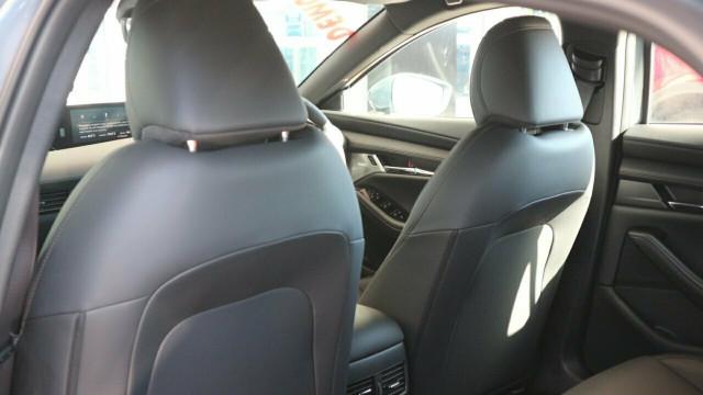 2020 Mazda 3 BP X20 Astina Hatch Hatchback Mobile Image 19