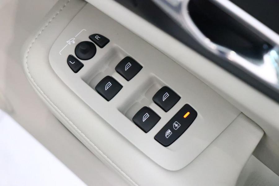 2019 MY20 Volvo S60 Z Series T5 Inscription Sedan Mobile Image 16