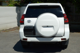 2019 Toyota Landcruiser Prado GDJ150R GXL Suv image 3