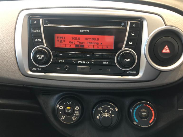 2013 Toyota Yaris NCP130R YR Hatchback Image 7