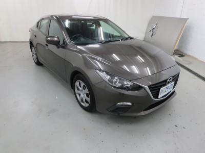 Mazda 3 Neo 3