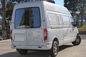 2018 MY17 LDV V80 LWB High Roof Van image 4