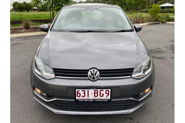 2016 Volkswagen Polo Hatchback Image 3
