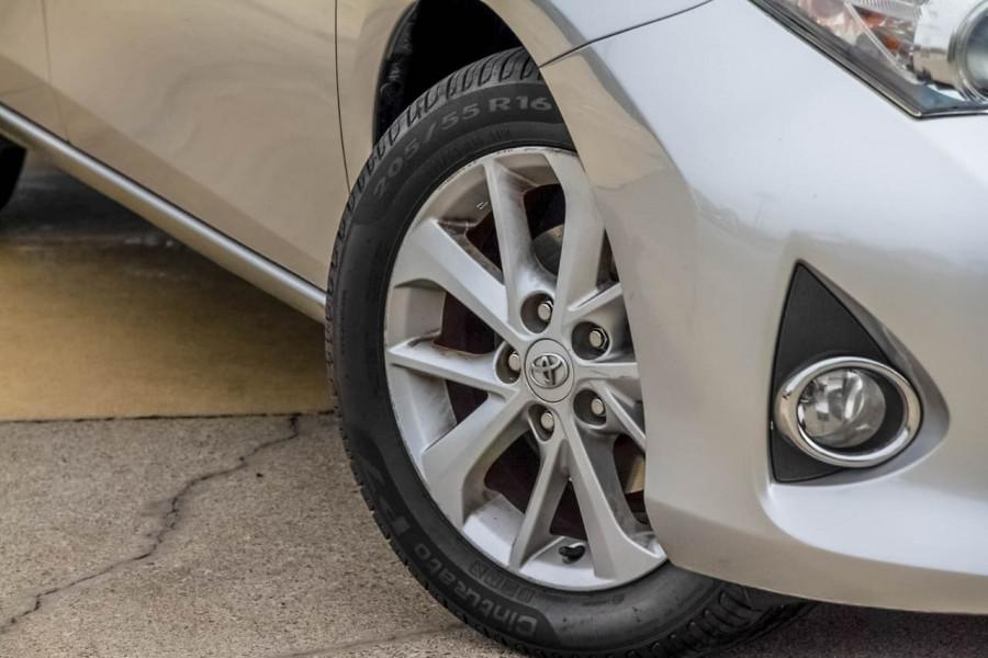 2012 Toyota Corolla ZRE182R Ascent Sport Hatchback Image 20