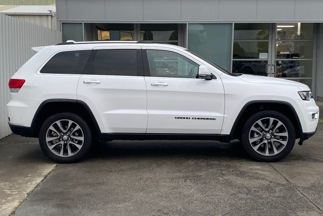 2018 Jeep Grand Cherokee Limited 7 of 20