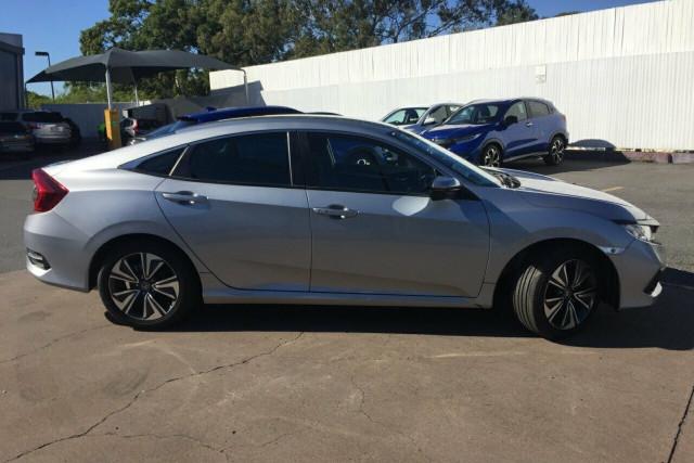 2019 Honda Civic Sedan 10th Gen VTi-L Sedan Image 2