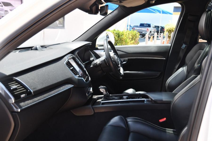 2017 Volvo XC90 Vehicle Description. L  MY17 T6 R-DESIGN WAG GEAR 8SP 2.0TSC T6 Suv Image 6