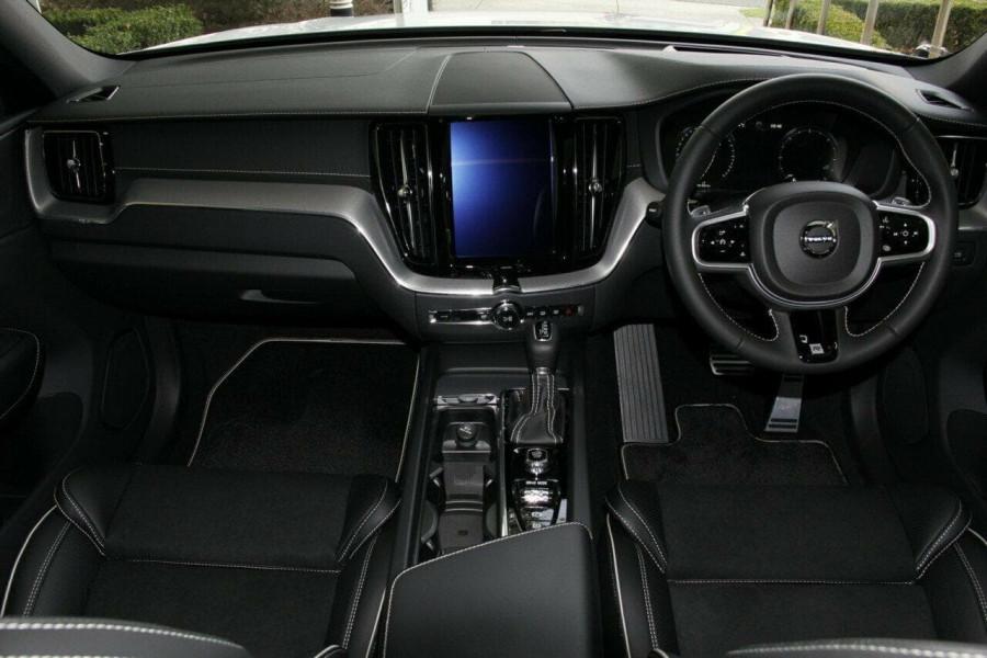 2018 Volvo XC60 UZ D5 R-Design Suv Mobile Image 5