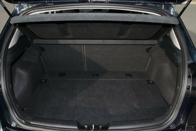 2016 Kia Cerato YD MY16 S Hatchback
