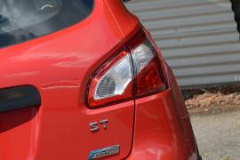 2011 Nissan DUALIS J10 SERIES II MY2010 ST Hatchback image 18