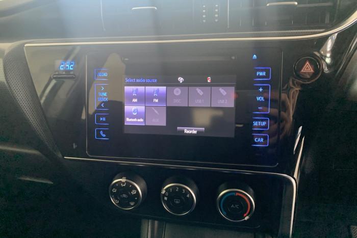 2017 Toyota Corolla ZRE182R Ascent Hatchback Image 18