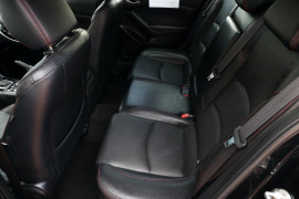 2015 Mazda 3 BM5438 SP25 Hatch Hatch Image 5