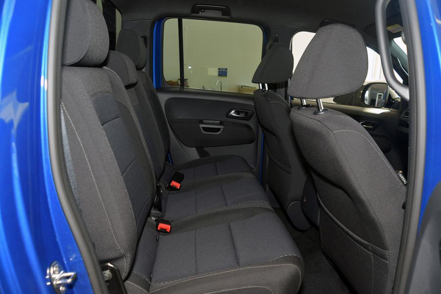 2019 MYV6 Volkswagen Amarok 2H Highline Black 580 Utility Image 9