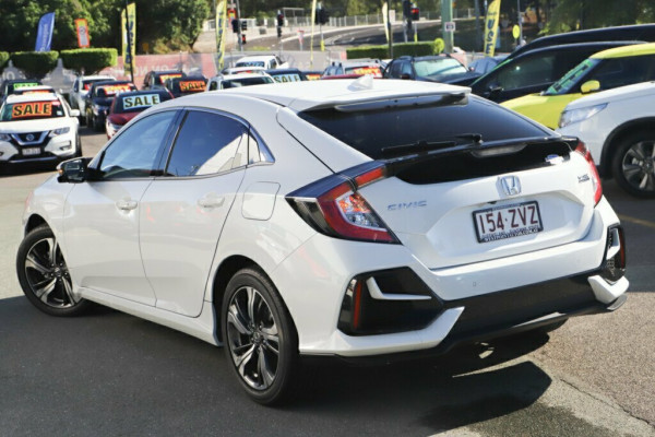 2019 Honda Civic Sedan 10th Gen VTi-LX Hatchback Image 2
