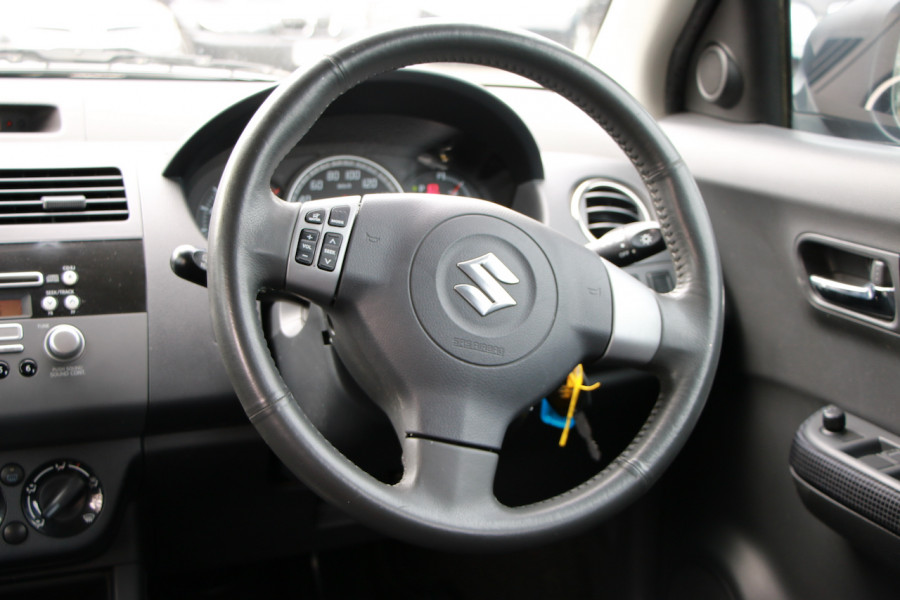 2006 Suzuki Swift RS415 RS415 Hatchback Image 9