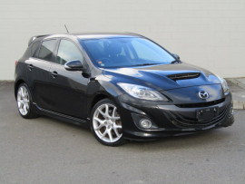 Mazda Axela Sports 2.3L 6 Speed Manual