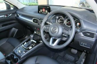 2021 Mazda CX-5 KF Series Touring Suv image 25