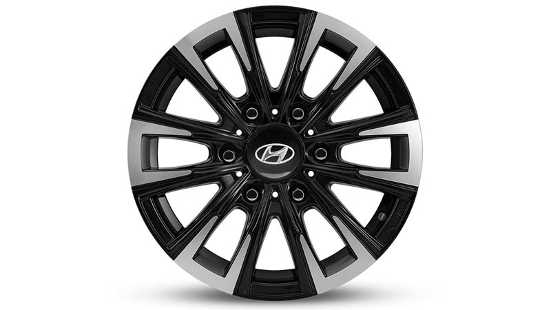 "<img src=""16 inch Iksan Gloss Black and Silver Alloy Wheel."