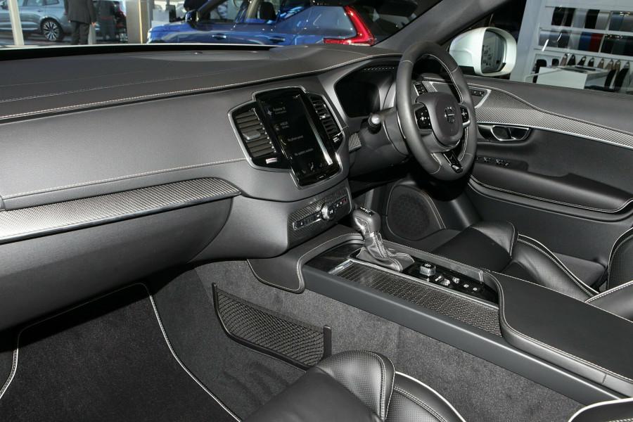 2019 Volvo XC90 L Series T6 R-Design Suv Mobile Image 4