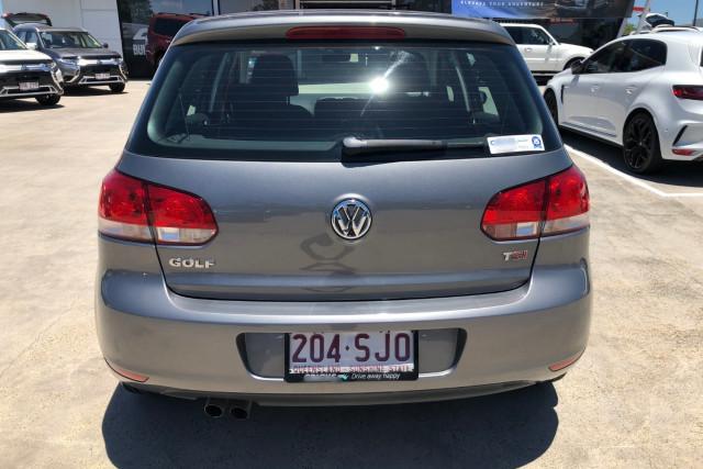 2012 Volkswagen Golf VII 90TSI Hatchback Image 4