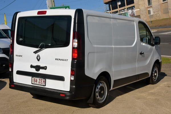 2018 Renault Trafic L1H1 Short Wheelbase Single Turbo Van Image 4