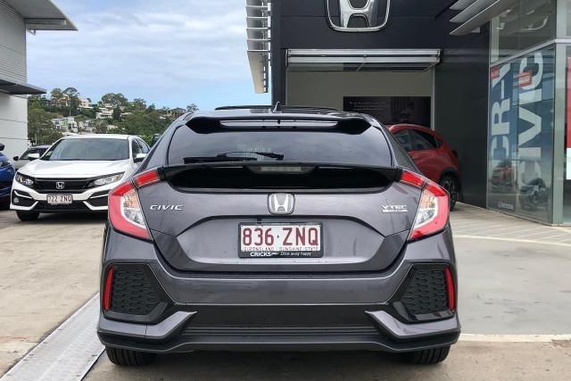 2019 Honda Civic Hatch 10th Gen VTi-LX Hatchback Image 5