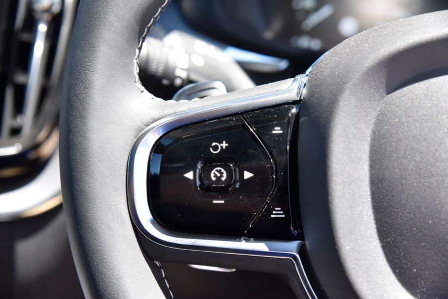 2020 Volvo XC60 UZ D5 R-Design Suv Image 16