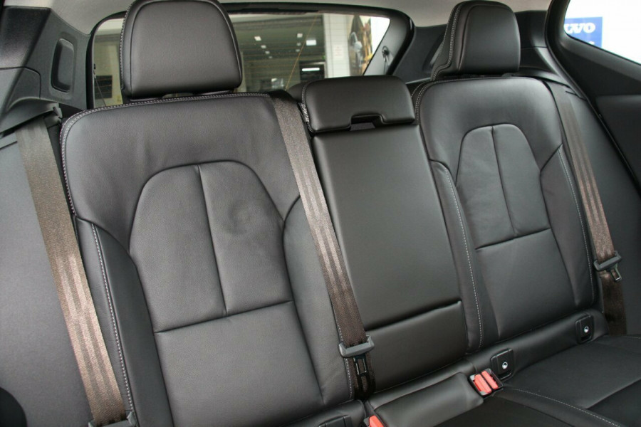 2019 MY20 Volvo XC40 XZ T4 Momentum Suv Mobile Image 9