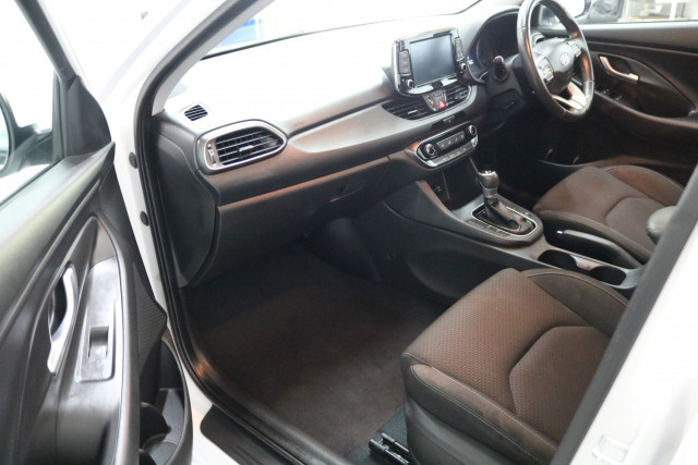 2018 Hyundai I30 PD MY18 ACTIVE Hatchback Image 5