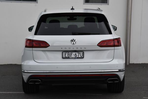 2019 Volkswagen Touareg CR MY19 190TDI Suv Image 4
