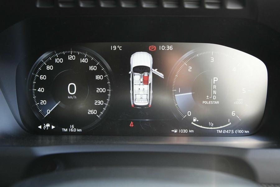 2019 Volvo XC90 L Series D5 R-Design Suv Mobile Image 10