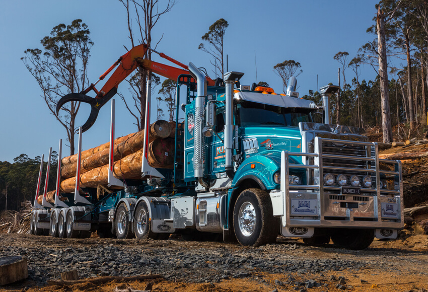 Super-Liner Logging Truck
