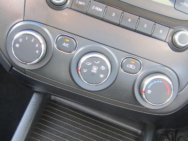 2018 Kia Cerato YD S Hatchback