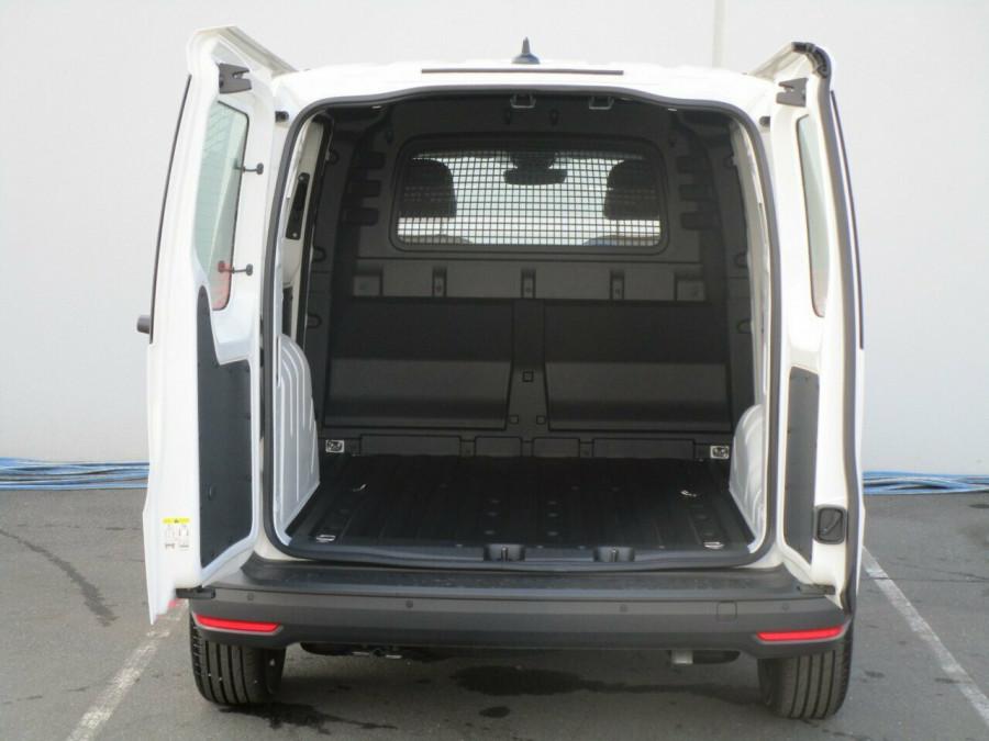 2021 Volkswagen Caddy 5 SWB Van Image 10