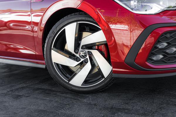 2021 Volkswagen Golf 8 GTI Hatch Image 4