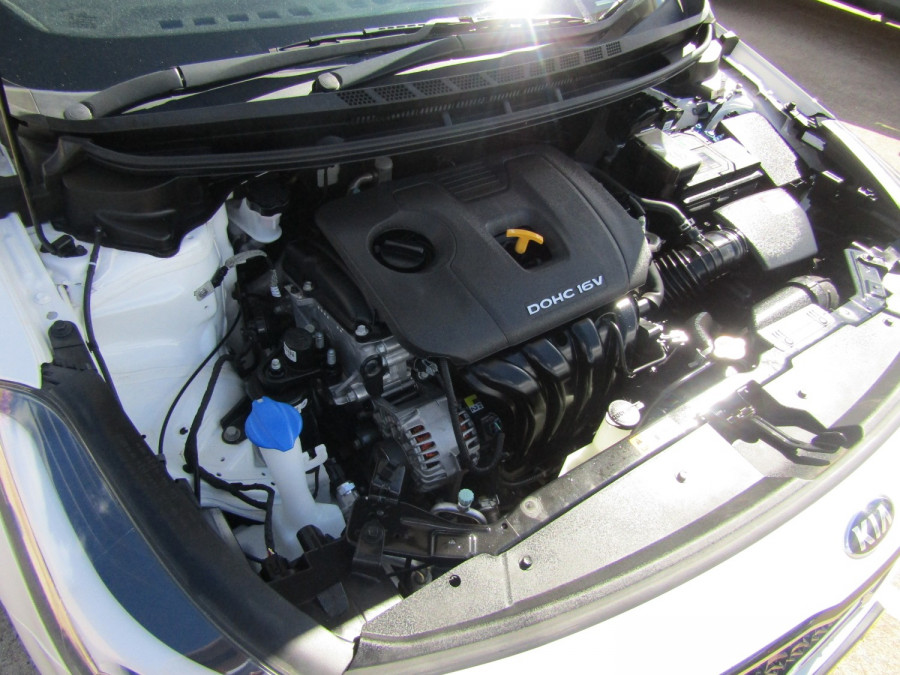 2018 Kia Cerato YD S Hatchback Image 11