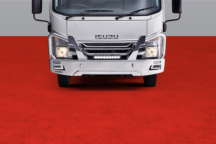 N Series When the going gets touch, get the Isuzu bulbar