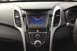 2014 Hyundai I30 GD2 MY14 SE Hatchback