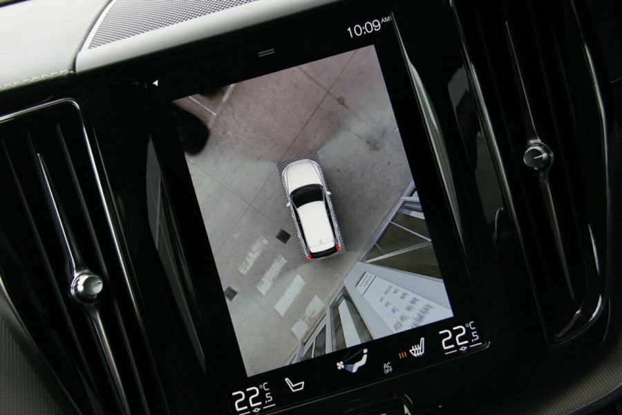 2018 Volvo XC60 UZ T6 R-Design Suv Mobile Image 12