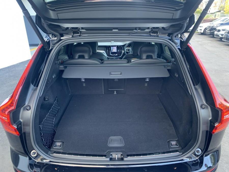 2021 Volvo XC60 UZ Recharge Suv Image 18