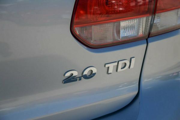 2008 Volkswagen Golf VI 103TDI DSG Comfortline Hatchback Image 5