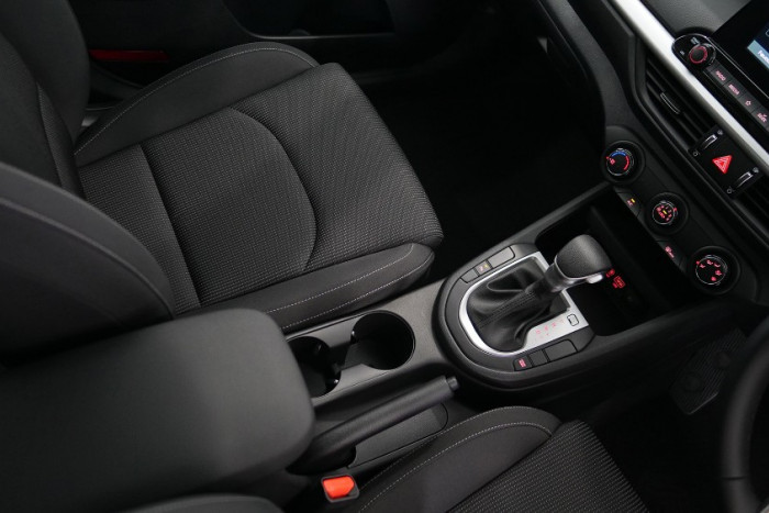 2019 MY20 Kia Cerato Hatch BD S with Safety Pack Hatchback Image 12