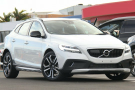 Volvo V40 Cross Country D4 Pro M Series